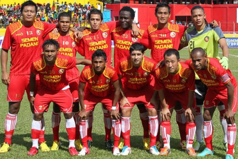 Prediksi Terkini Sepakbola - Semen Padang Squad 2019 - Hasil Prediksi