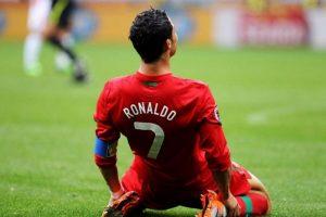 alasan Cristiano Ronaldo jauh lebih keren dari Lionel Messi