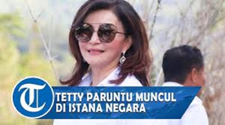 Photo of Bupati Tetty Paruntu Tunjukkan Wa Ungkap Kronologi Ke Istana Jokowi: Gila Saya Kalau Tak Diundang