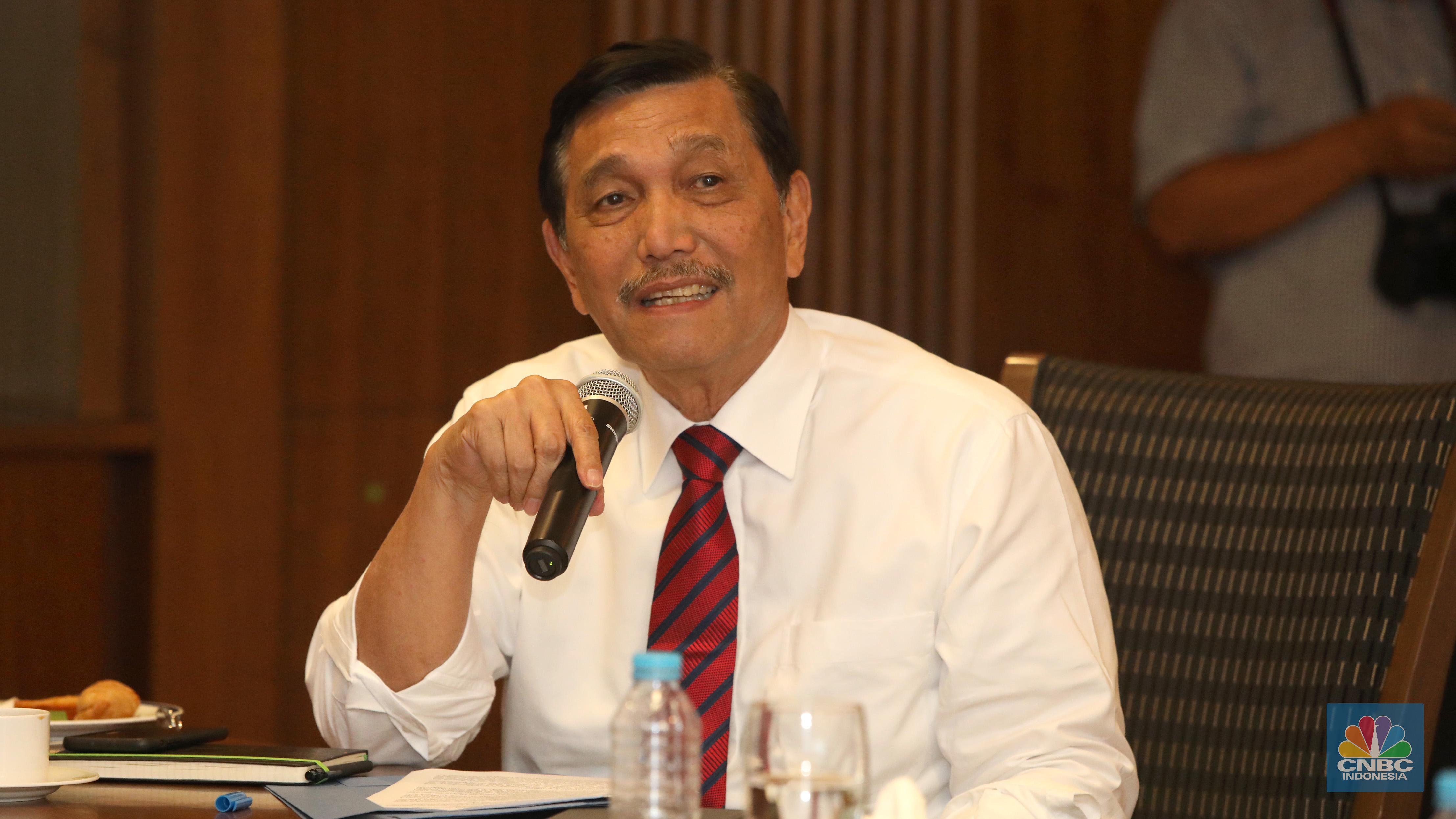 Photo of Menko Luhut: Indonesia Akan Jadi Negara Ekonomi Besar Dunia, Anda Harus Bangga