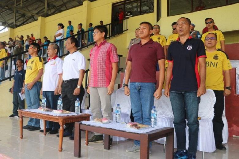 Kapolda Lirik Pemain Sepak Bola Terbaik Asal Maluku