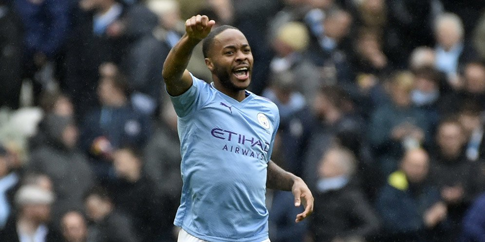 Photo of Tak Berhenti Cetak Gol, Guardiola Bangga Dengan Sterling