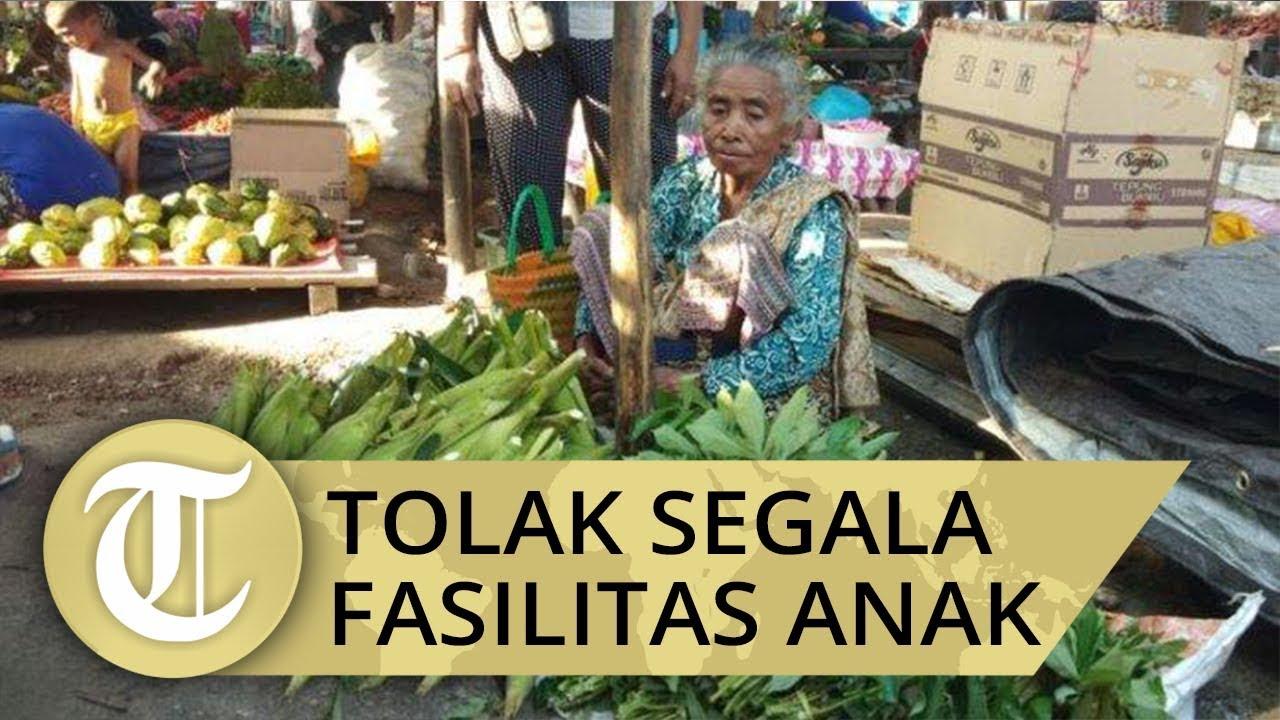 Margaretha Hati Manhitu Ibu Periode Bupati 2 , Pilih Berjualan Di Pasar Hidup Sederhana, Dapat Penghargaan