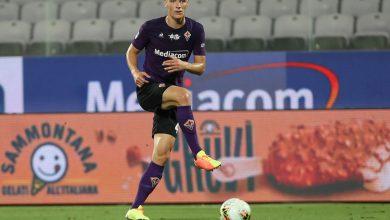 Photo of Liverpool dan Manchester United Berebut Tanda Tangan Bek Fiorentina