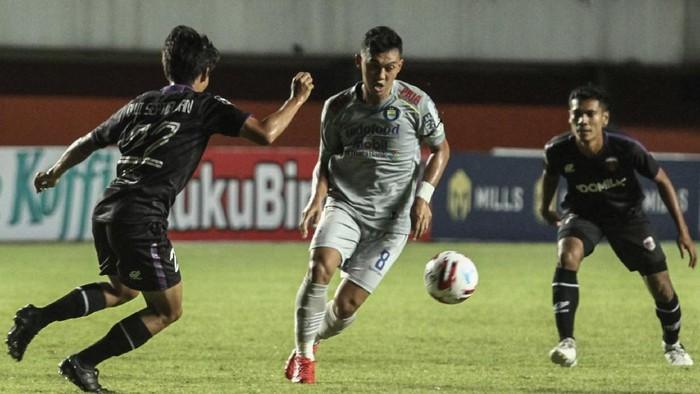 Hasil Piala Menpora 2021: Persib Taklukkan Jungkalkan Persita 3-1 1