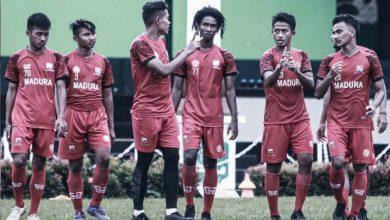 Photo of Ladeni Persebaya, Madura United Siap Turunkan Pemain Muda